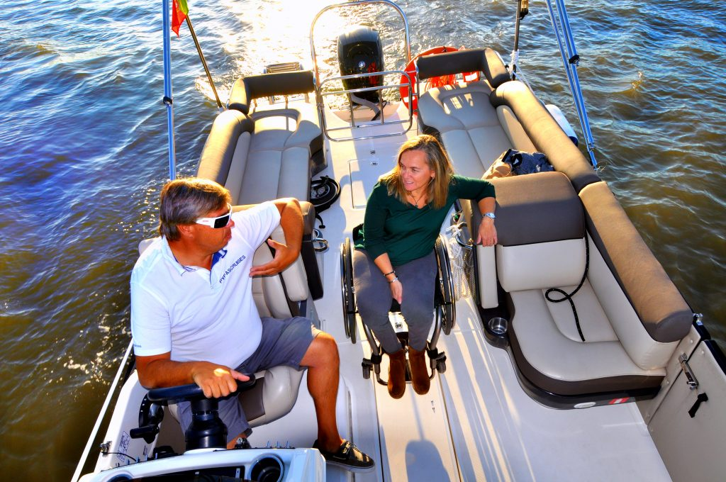 passeio-barco-adaptado